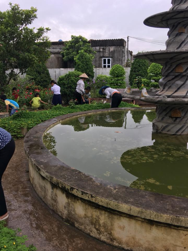 RA QUÂN VỆ SINH MÔI TRƯỜNG SÁNG CHỦ NHẬT 05/08/2018