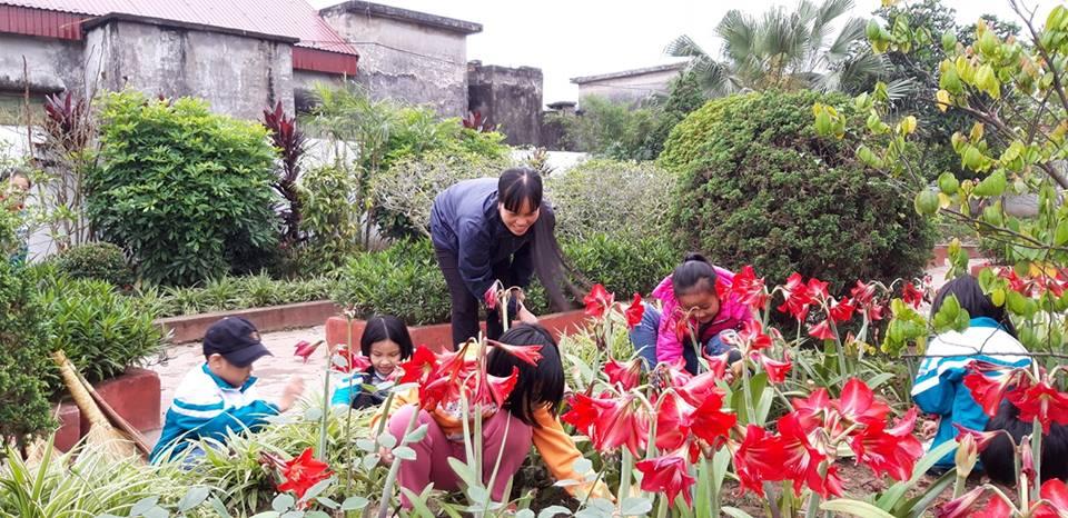 Trường tiểu học Nam Thượng lao động ngày chủ nhật xanh, ngày 24/03/2019